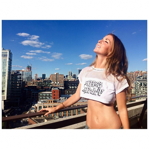 Remember sunshine? tbt photo and croptop by skinnysaysrelax NYC newyorkhellip