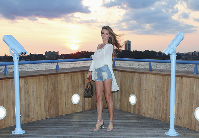 sunset cutoff denim shorts