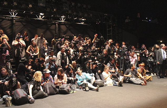 new york fashion week camera pit