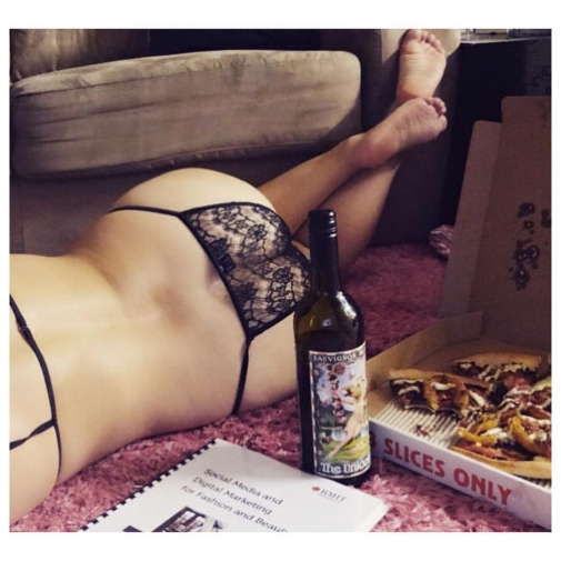Sunday vibes via mylingerieaddiction