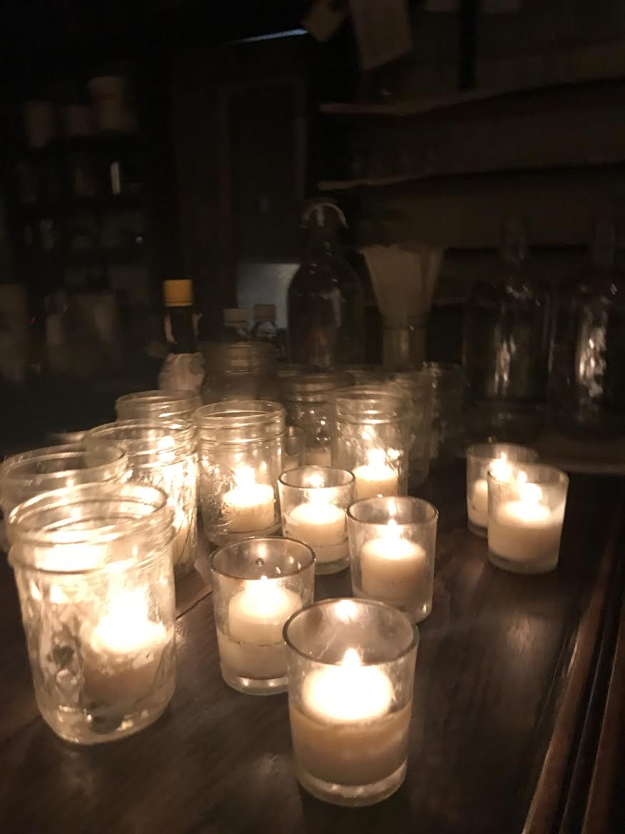 milk and roses candles