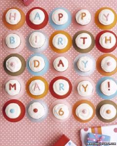 polkadot_cupcakes_xl