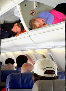 lens5938892_1248409507Airplane_Travel_with_Kids_Intro_3