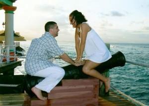 20-Awkward-Engagement-Photos-7