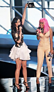 katy-perry-nicki-minaj-104036517