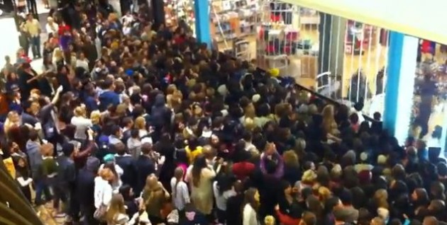 black friday rush